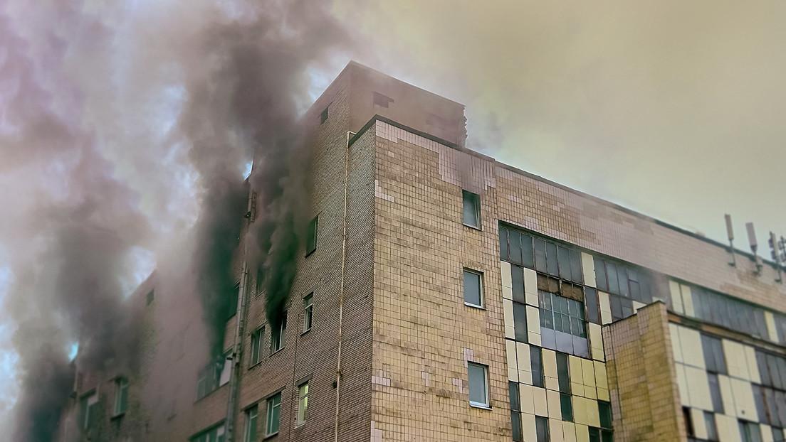 Video   Un exmarine atrapa al vuelo a un niño que fue arrojado por su madre desde un apartamento en llamas