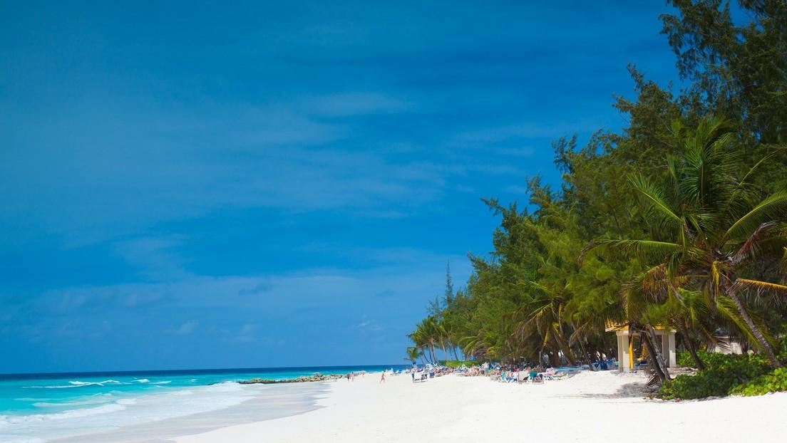 Teletrabajar un año desde el Caribe: Barbados ofrece un visado especial para impulsar el turismo ante la pandemia