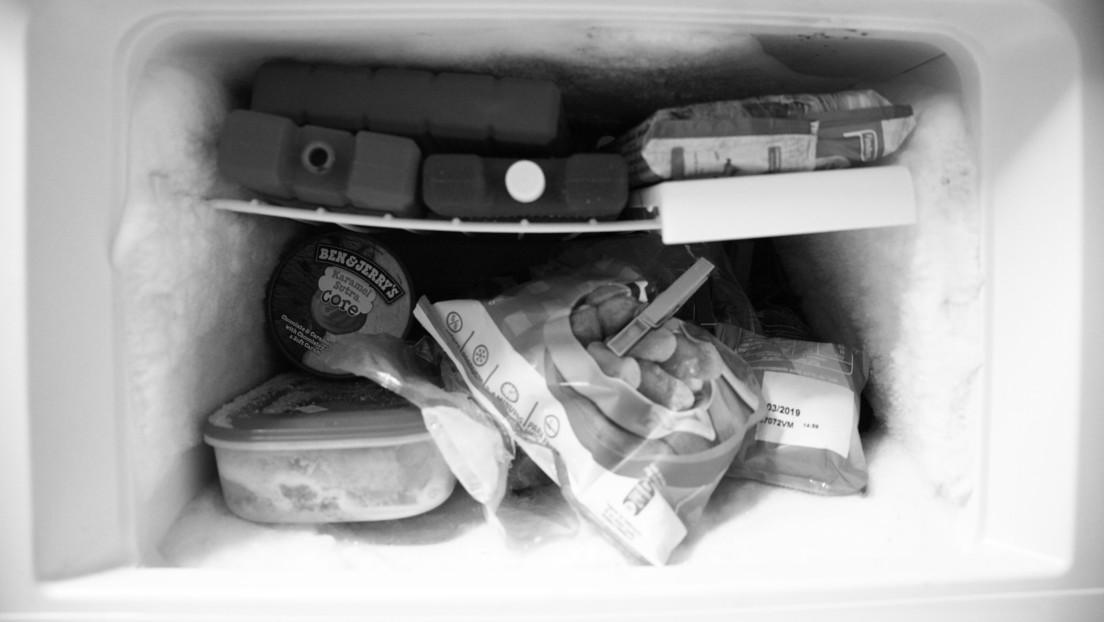 Juzgan a una mujer por mantener durante 15 años los restos de su abuela en el congelador para cobrar su pensión