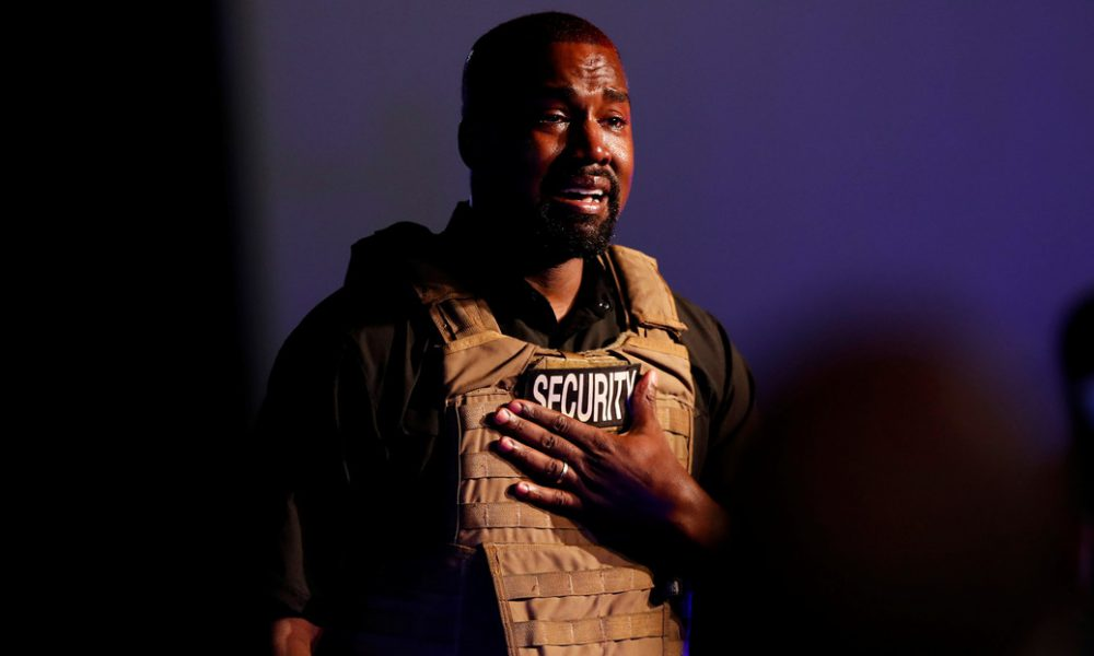 Videos   Polémicas declaraciones, citas de la Biblia y sollozos: Kanye West celebra su primer mitin de campaña presidencial