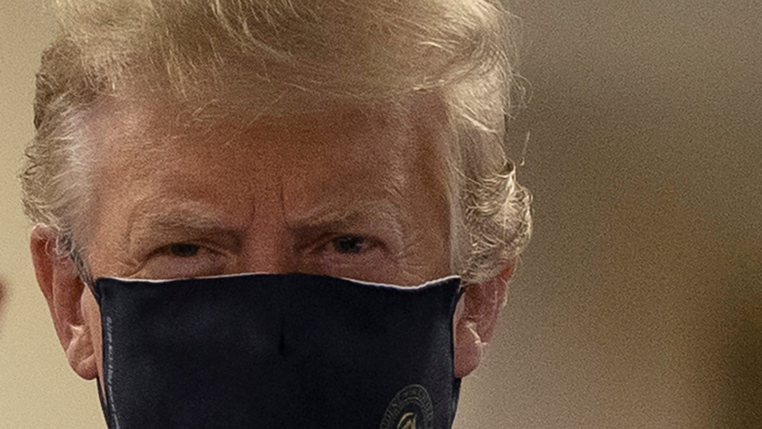 """Trump afirma que usar máscaras faciales es una acción """"patriótica"""" durante la pandemia"""