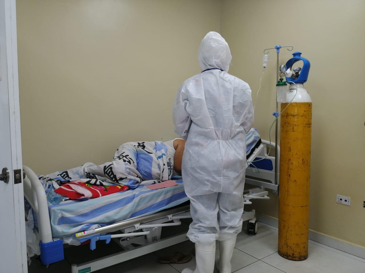 Unidad COVID-19 del Moscoso Puello ha asistido casi mil pacientes en una semana