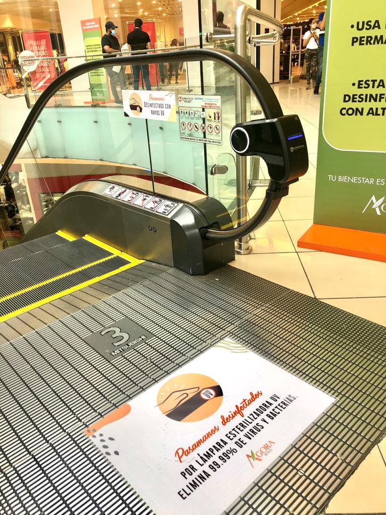Video | Ágora Mall instala lámparas esterilizadoras en ascensores panorámicos y escaleras eléctricas