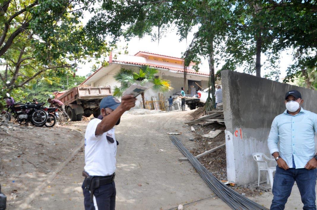 Prohibido pararse frente a la casa donde se mudaría Luis Abinader
