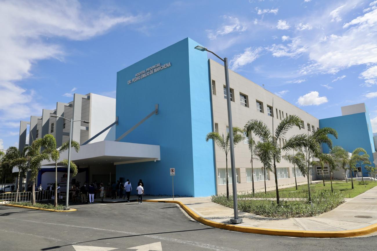 Presidente Danilo Medina entrega Hospital Provincial Dr. Pedro Emilio de Marchena en Bonao