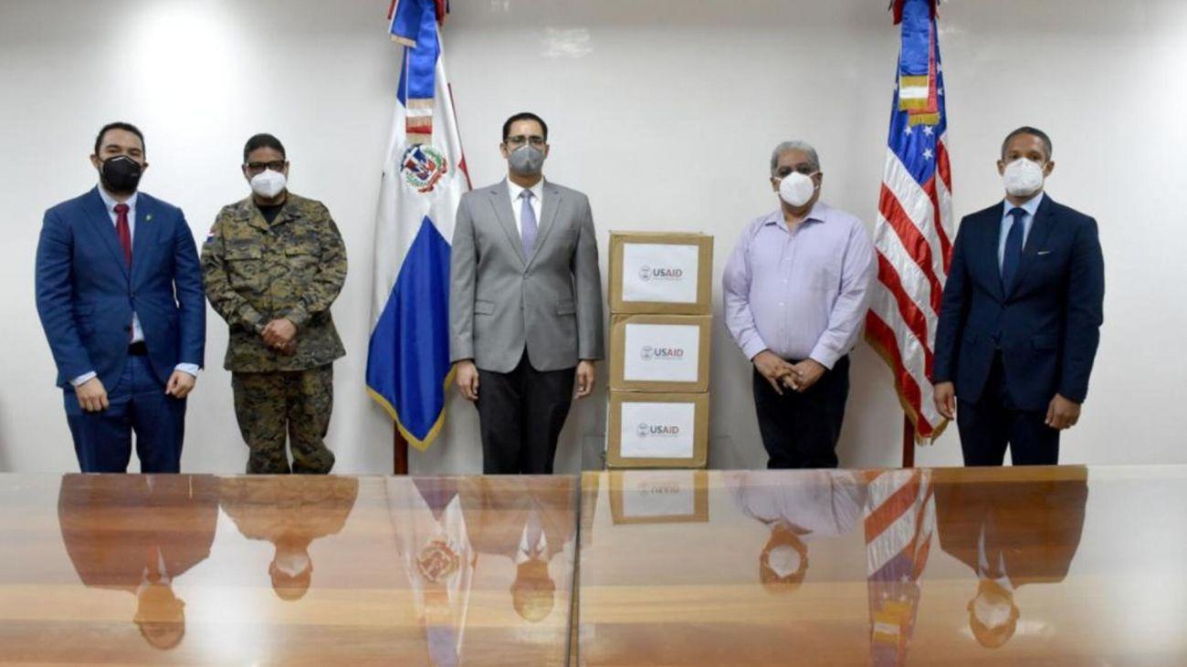 Gobierno de los Estados Unidos dona equipos e insumos médicos a RD para combatir COVID-19
