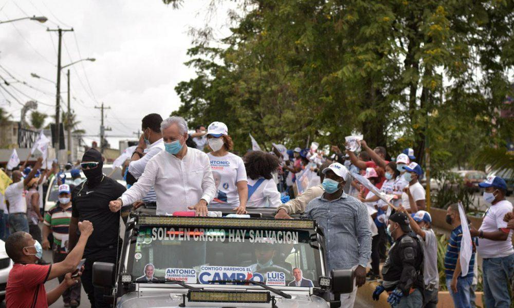 """Antonio Taveras: """"Voy al Senado para ayudar a Luis a crear más empleos, seguridad y salud en la provincia Santo Domingo"""""""