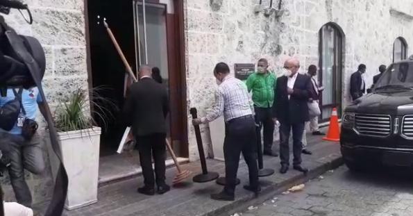 Video | Preparan logística para entrega de certificado de elección a Luís Abinader por parte del Congreso