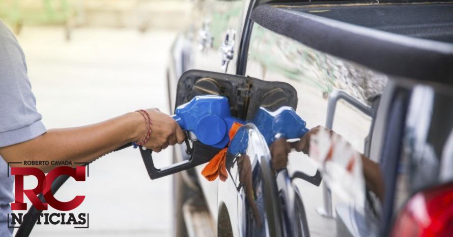 Gobierno congela precios de los combustibles
