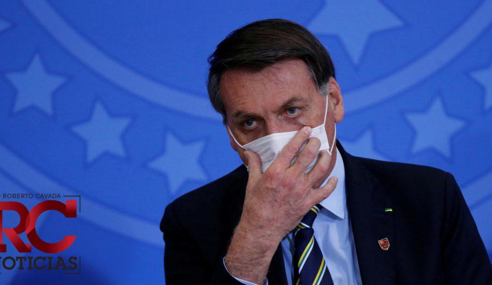 Bolsonaro cuestiona otra vez la eficacia de las vacunas contra el covid-19