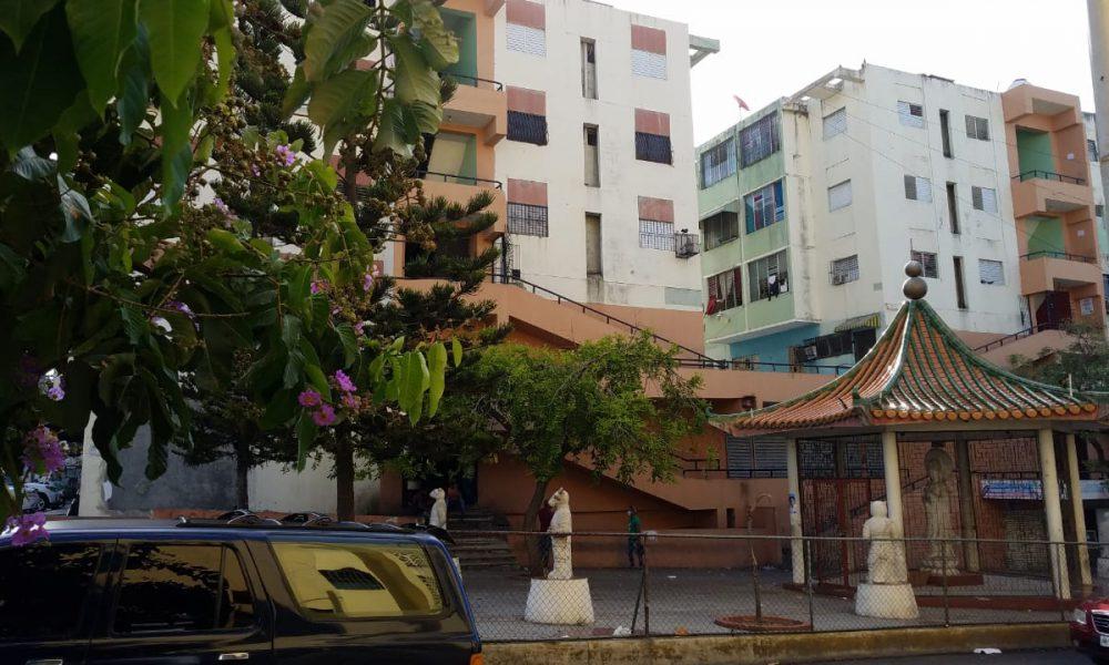 Denuncian brote de COVID-19 en el sector Villa Francisca