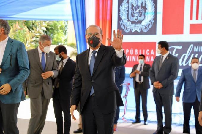 Presidente Medina inaugura 19 centros educativos y tres estancias infantiles en la región Este; beneficiarán a más de 10 mil estudiantes