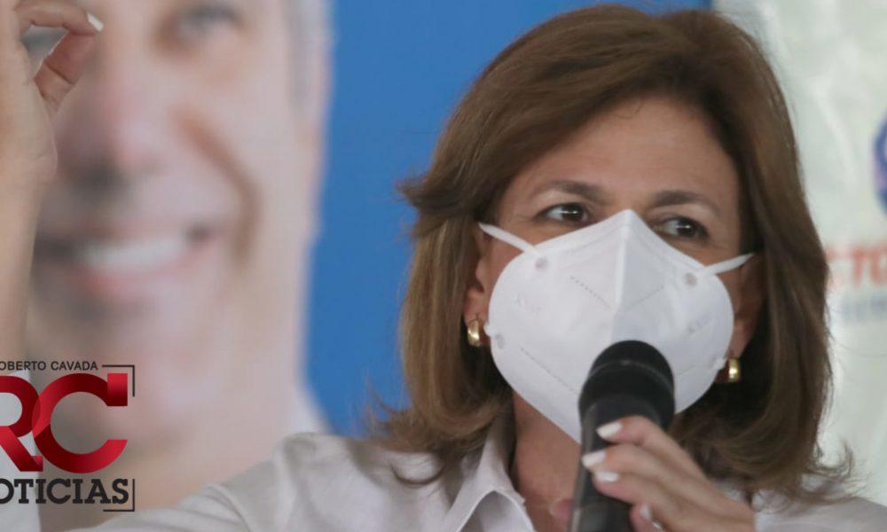 Raquel Peña anuncia llegarán mañana 30,000 vacunas más contra el covid-19 de la India