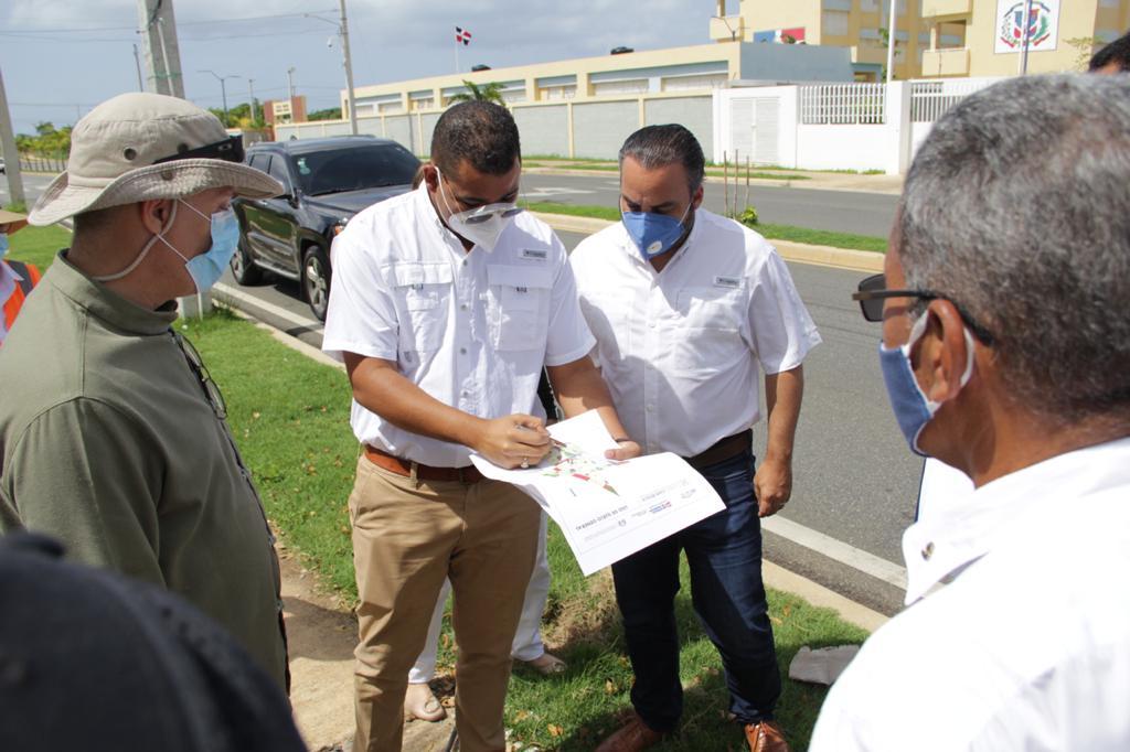 Comisión Presidencial de Fedeicomiso y Desarrollo Hipotecario recorre Ciudad Juan Bosch