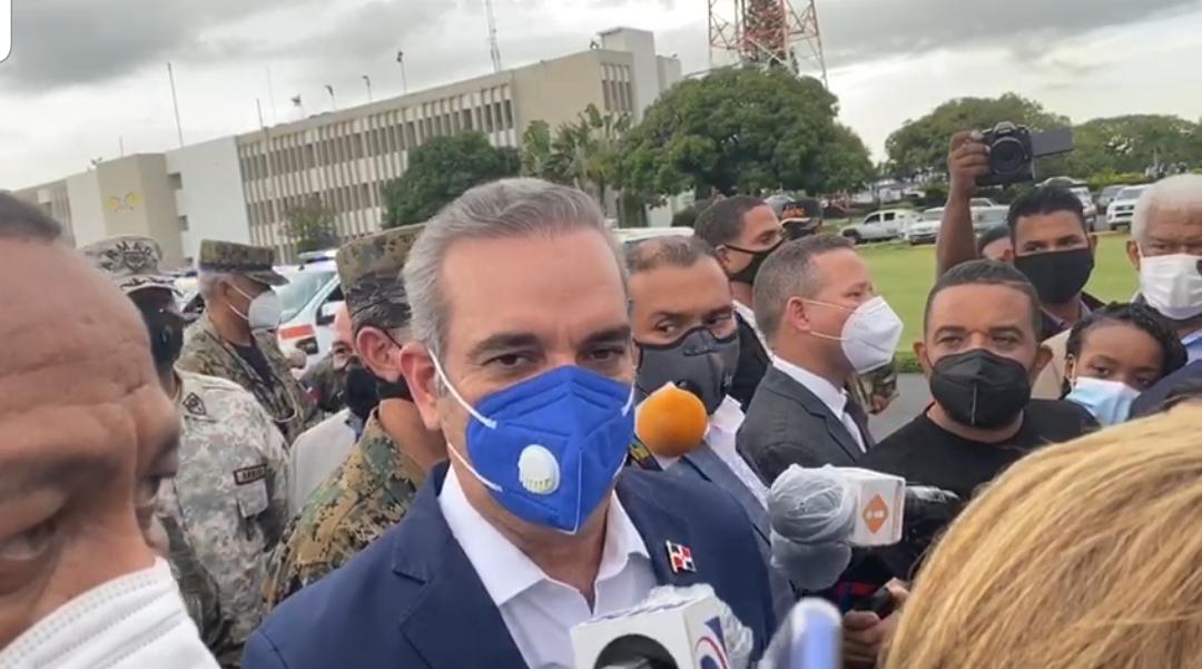 Videos | Luís Abinader afirma patrullaje se hará también en los barrios; negocios serán cerrados y sancionados
