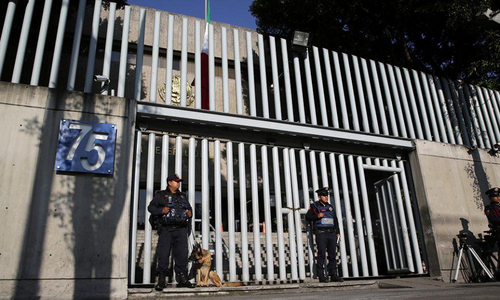 Detienen a un exdiputado acusado de abusar sexualmente de una menor en México