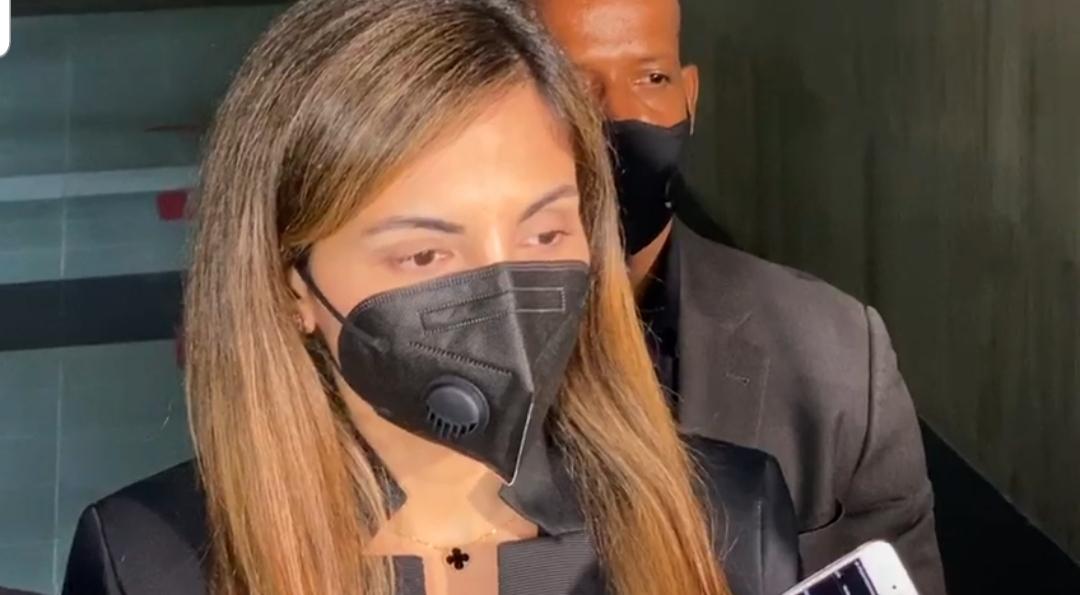 Video | Berlinesa Franco sale de la Fiscalía tras 9 horas de interrogatorio