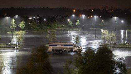 Minuto a minuto: el avance del huracán Laura en Estados Unidos