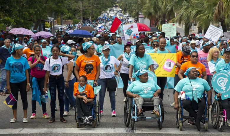 Organizaciones sociales rechazan código penal sin causales