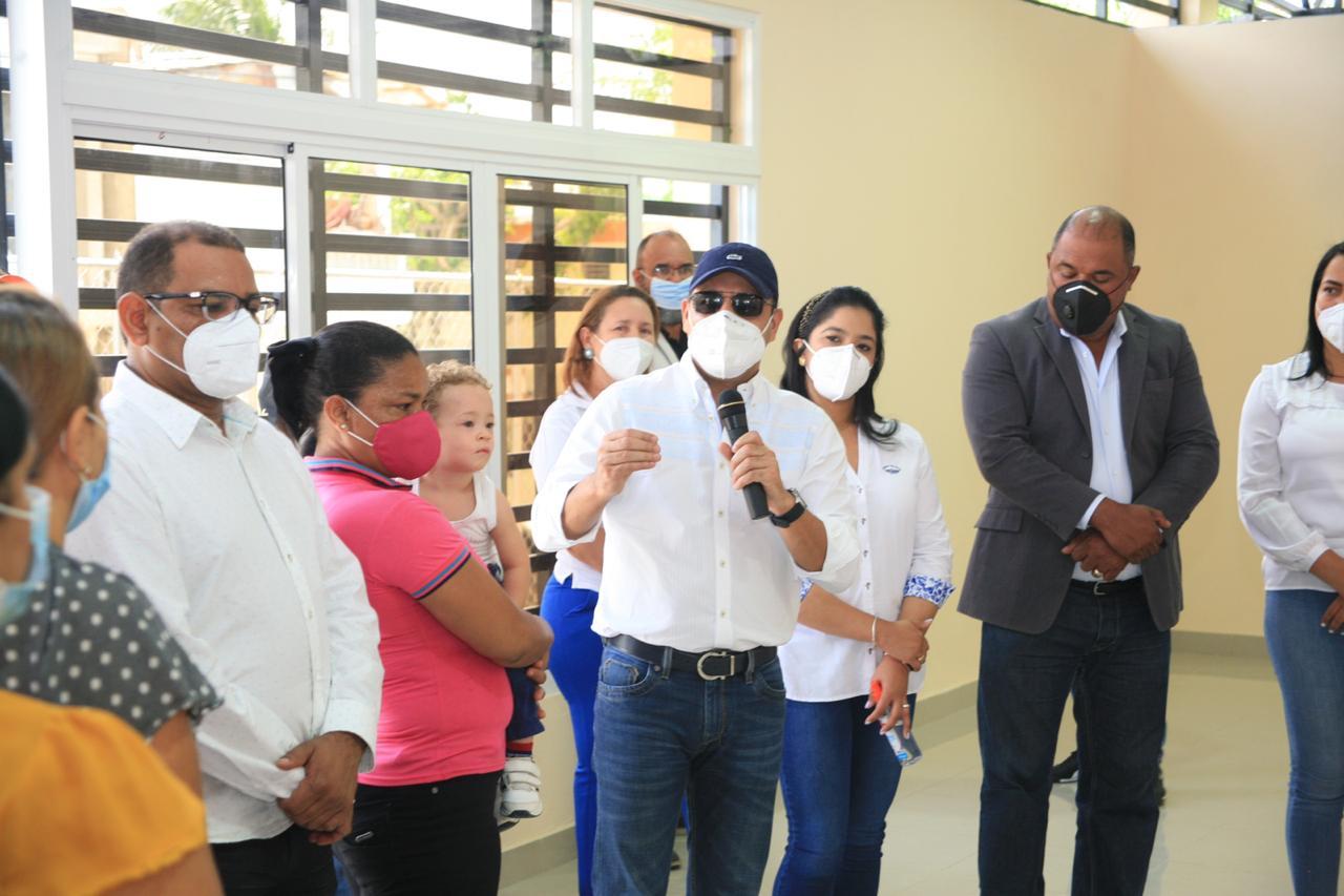 Alcaldía Santiago entrega centro de capacitación en Cerro de Tuna construido con Presupuesto Participativo
