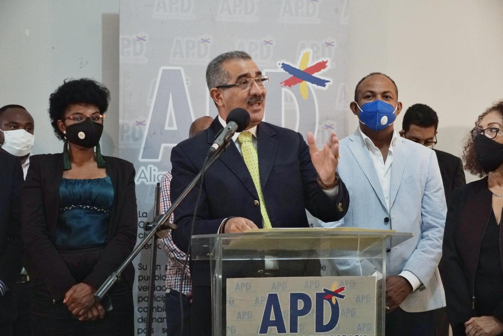 APD propone que el ingreso que exceda del precio de US$1,300 la onza del oro de Pueblo Viejo pase al Estado Dominicano