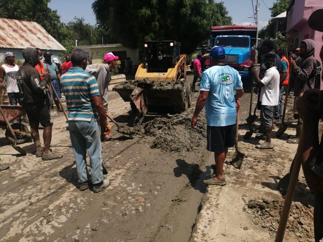 MOPC interviene a Uvilla para evitar futuras inundaciones
