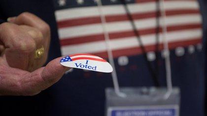 Latinos en EEUU: todo lo que debes de saber para votar por correo en cada estado