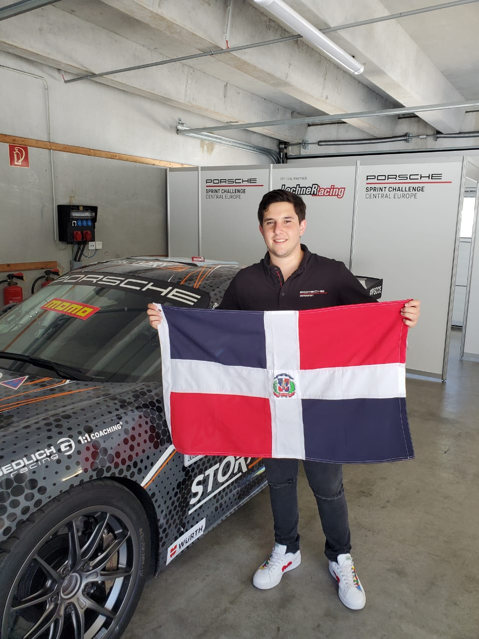 Piloto dominicano Jimmy Llibre representará al país en Campeonato Porsche Central Europe
