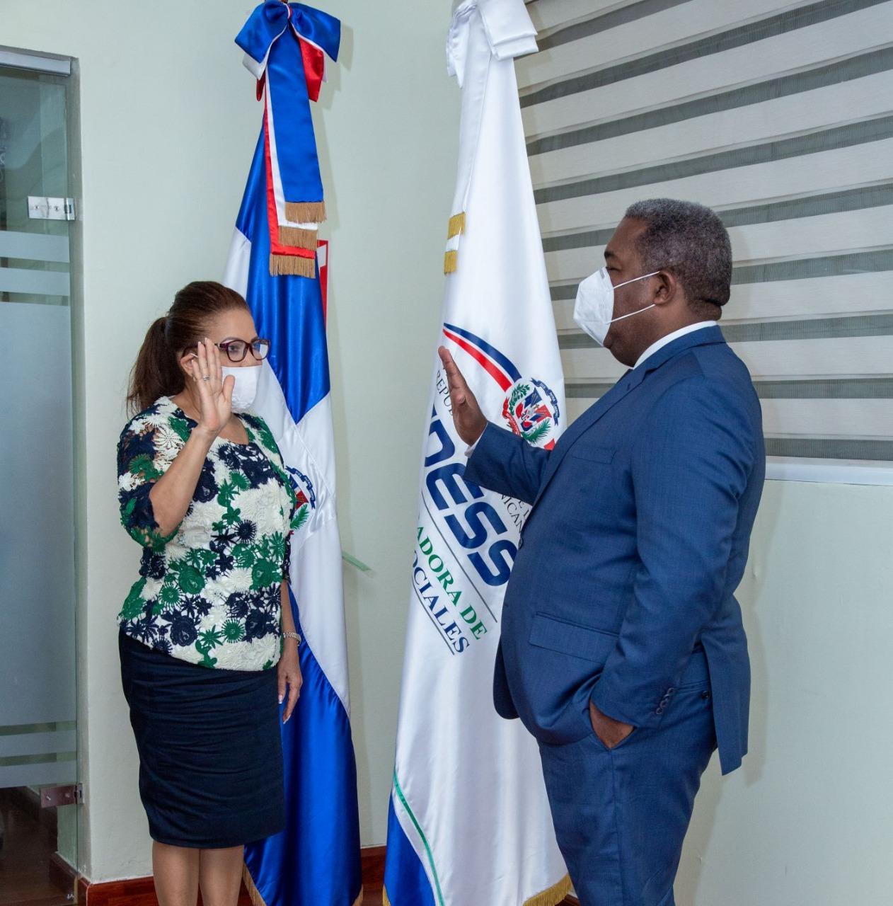 Digna Reynoso asume como directora general de la Administradora de Subsidio Sociales