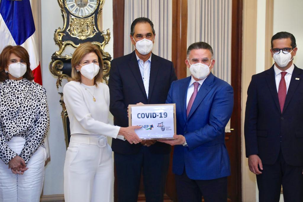 Video | CONEP entrega insumos médicos al Gabinete de Salud para combatir COVID-19