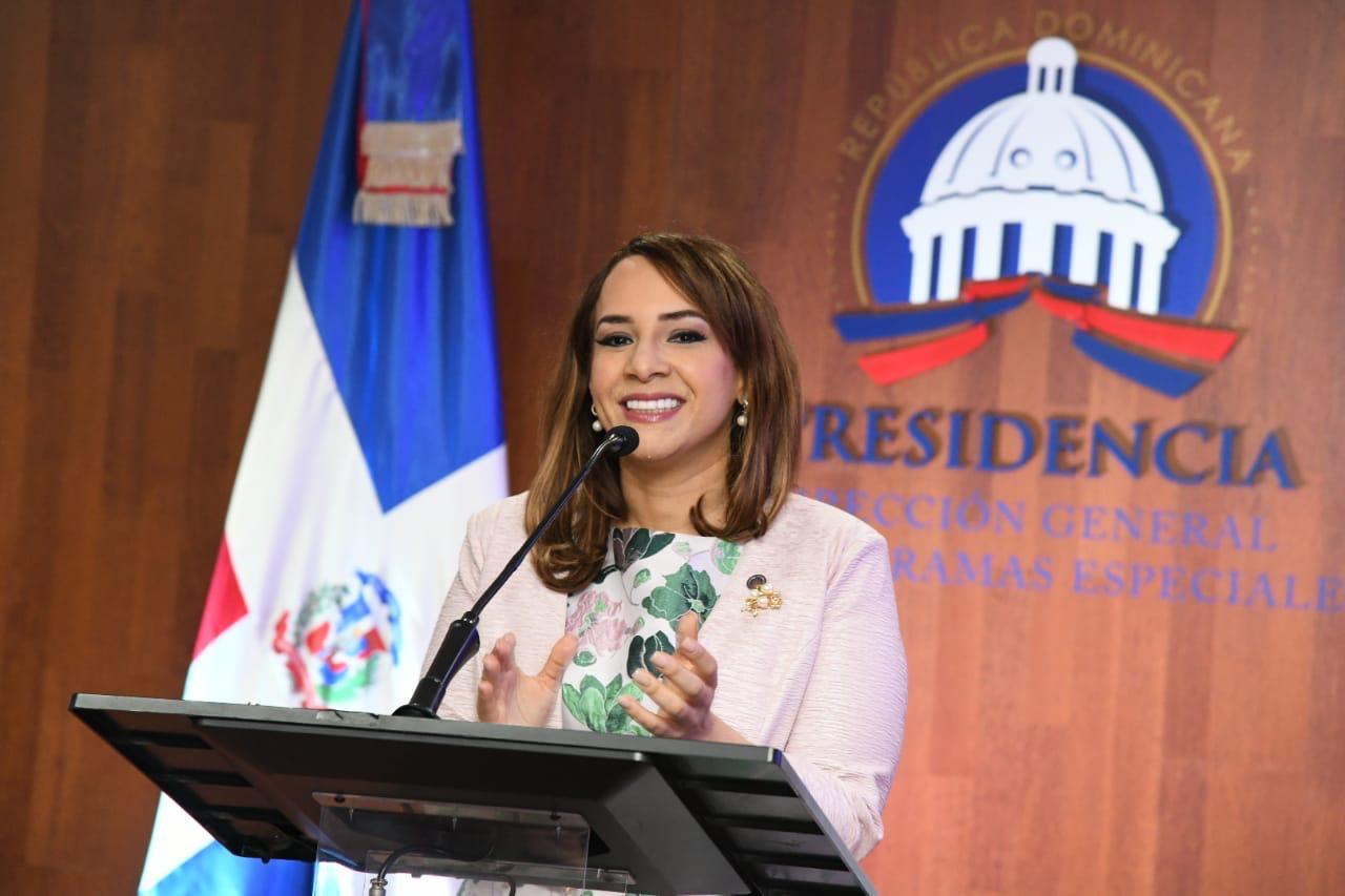 Karen Ricardo presenta memorias de 177 días de gestión