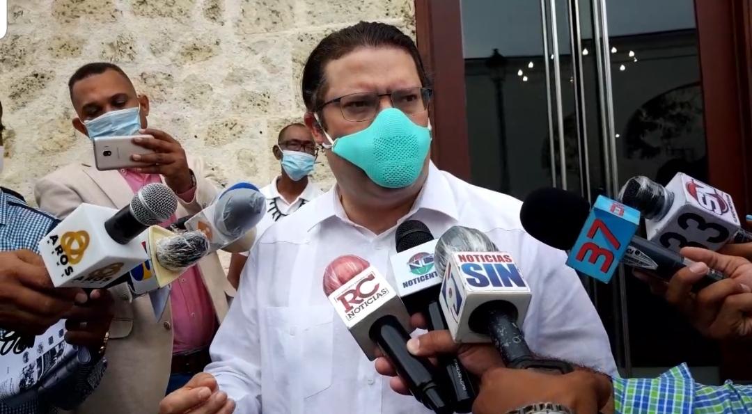 Yayo Lovatón llama a dirigencia del PRM que quiere cargos a no desesperarse