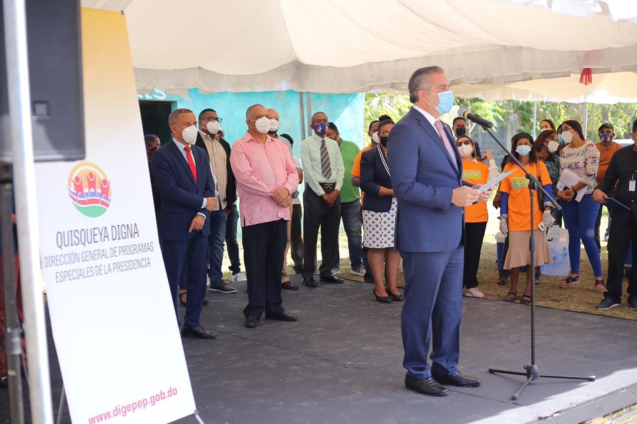 Neney Cabrera anuncia la renovación y reactivación de los programas sociales de la DIGEPEP