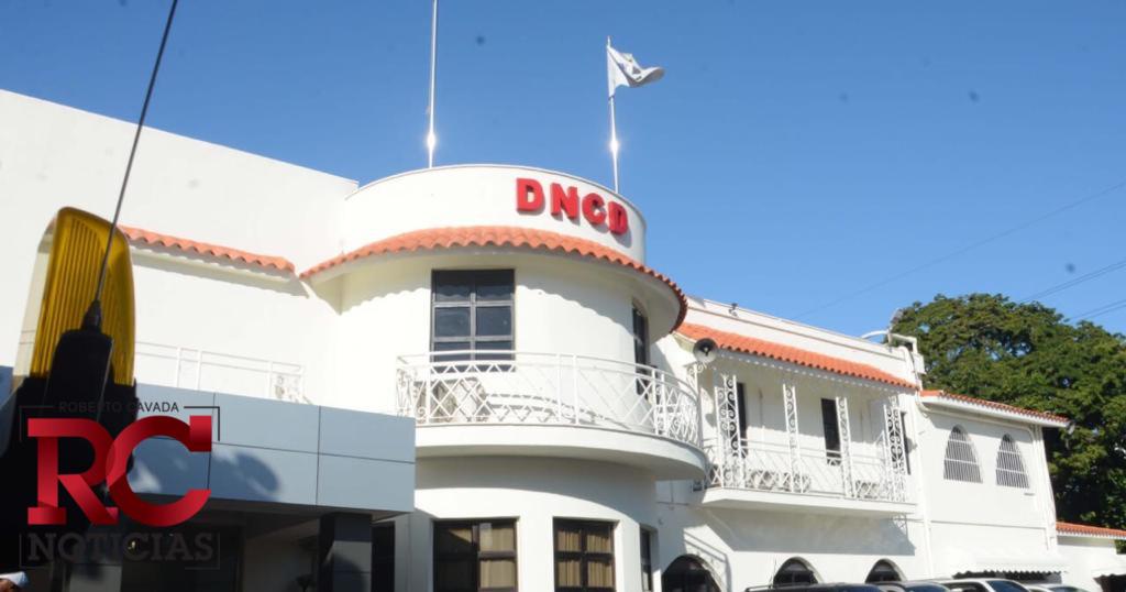 DNCD ocupa más de medio kilo de cocaína y detiene nacional francesa en el AILA