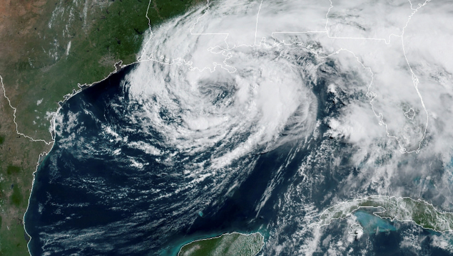 Dos huracanes podrían golpear por primera vez de forma simultánea el golfo de México la próxima semana