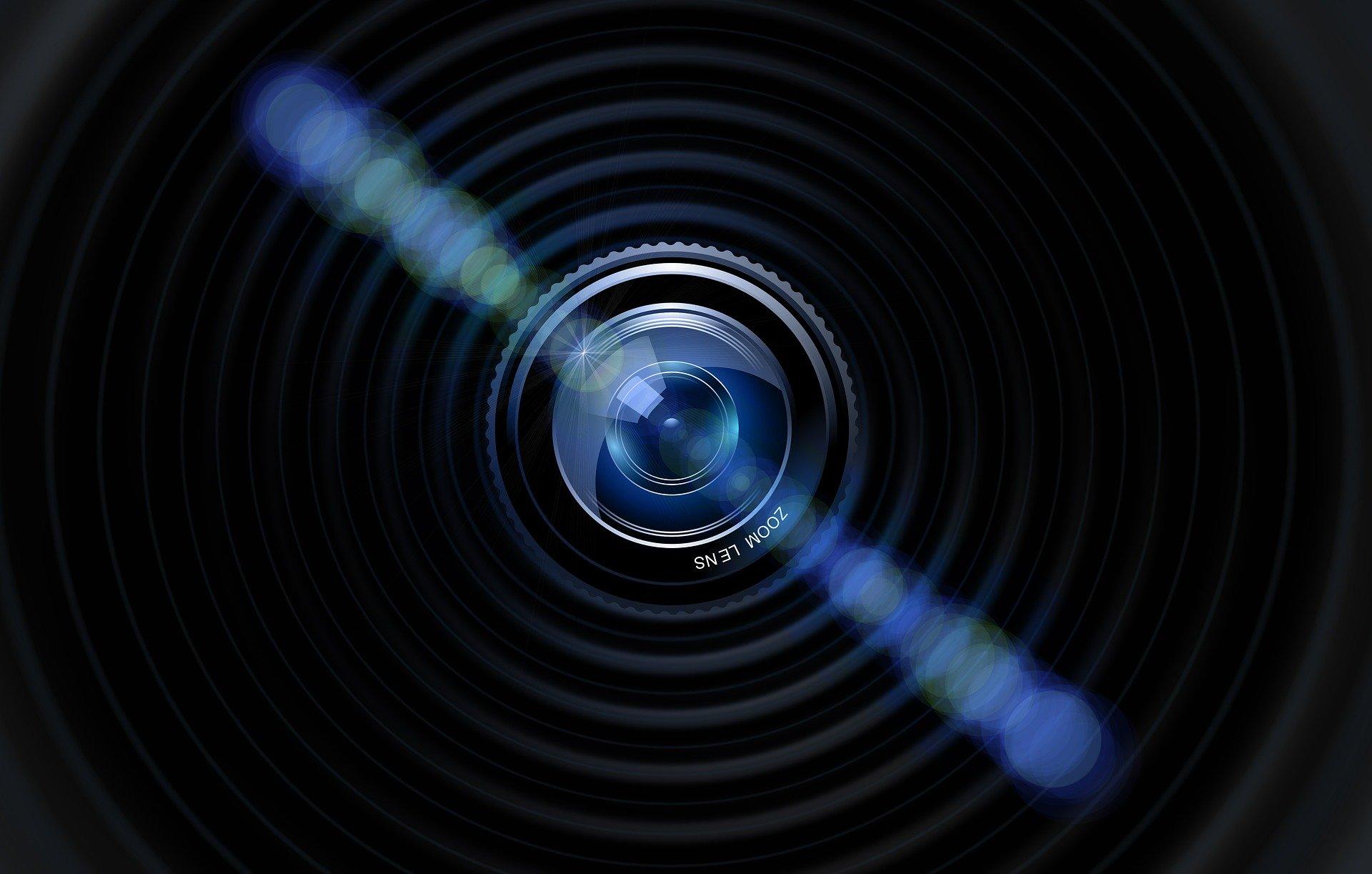 Así es cómo puedes detectar si hay cámaras ocultas espiándote