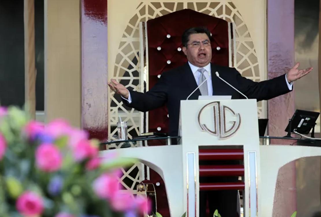 El 'Epstein mexicano' Naasón Joaquín: pastor evangelista que se jacta de ser el apóstol 13
