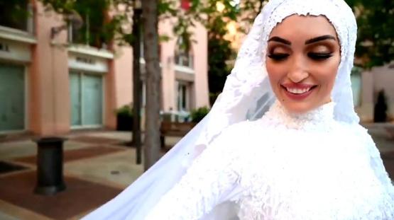 El video de la novia que posaba para una sesión de fotos cuando se produjeron las explosiones en Beirut