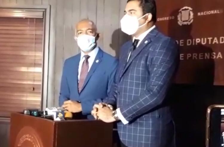 Video | Diputado pide al TC fallar recurso sobre caso Titulación de Los Tres Brazos