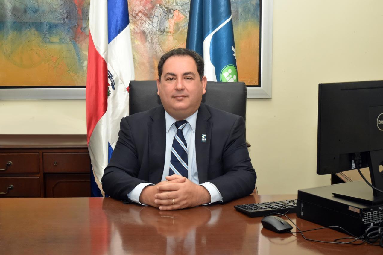 Presidente Abinader designa por decreto a Mario Lama como director ejecutivo del SNS