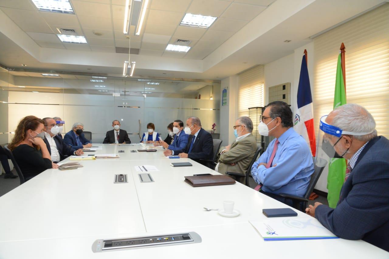 Sector Salud se reúne para aunar esfuerzos y afiliar dos millones de dominicanos al Régimen Subsidiado