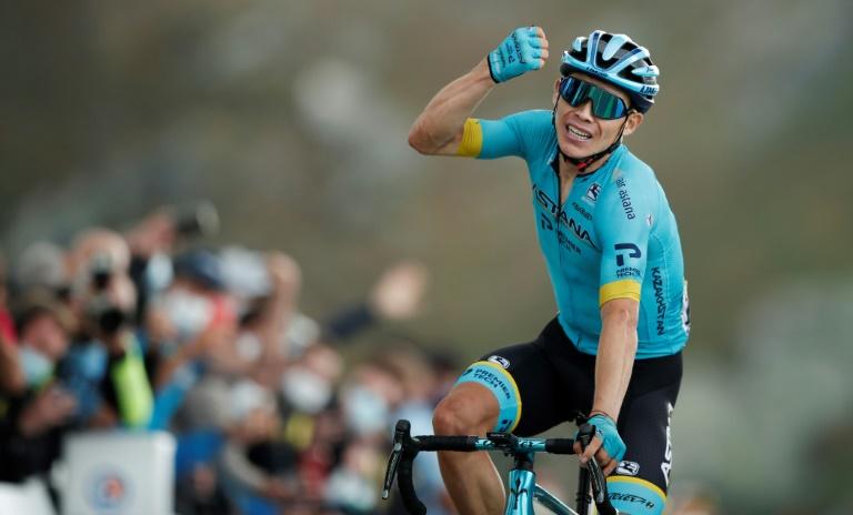 'Supermán' López gana etapa del Tour y se mete en el podio, Roglic es más líder