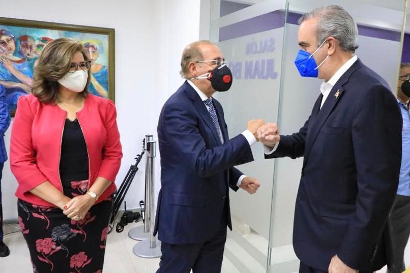 Videos | Luis Abinader concluye agenda de reuniones con el liderazgo político nacional