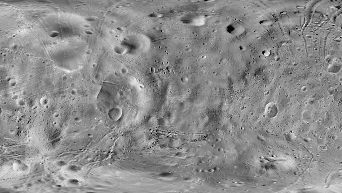 """""""Es muy desconcertante"""": científicos descubren que la Luna se está oxidando aunque era imposible"""