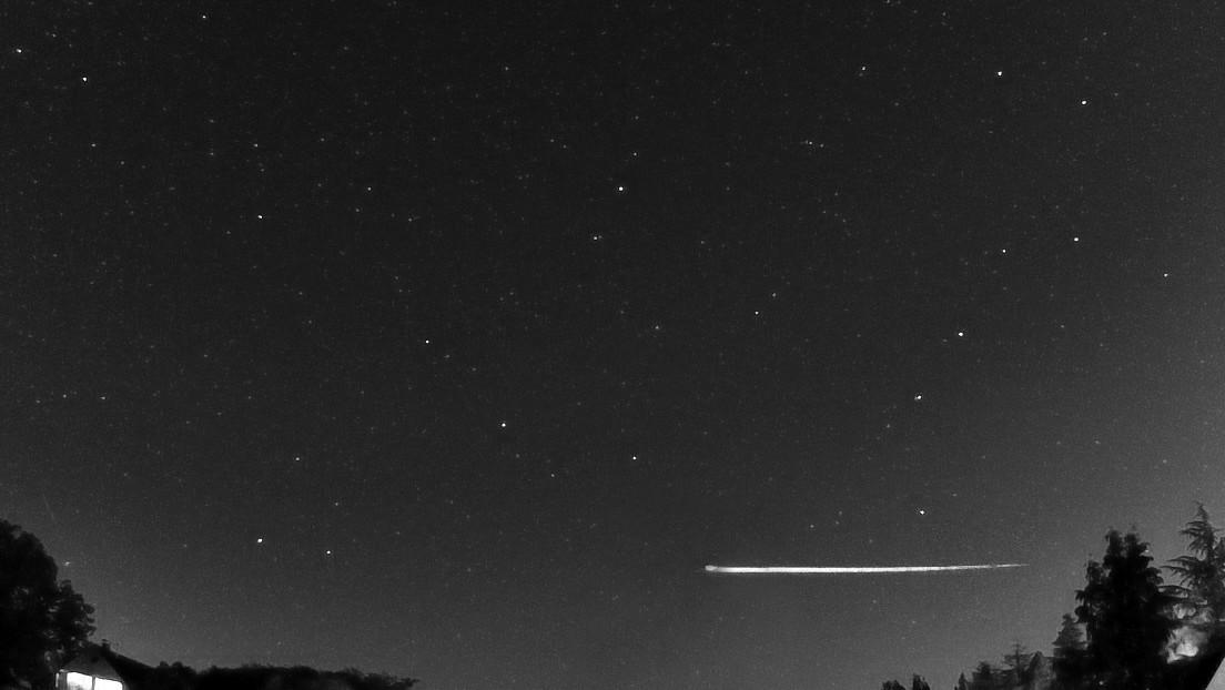 Un raro meteorito rebota en la atmósfera de la Tierra y vuelve al espacio
