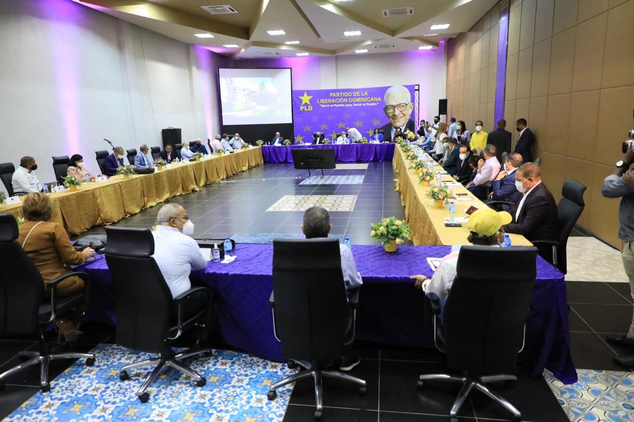PLD se reúne para continuar temas relativos al IX Congreso Ordinario