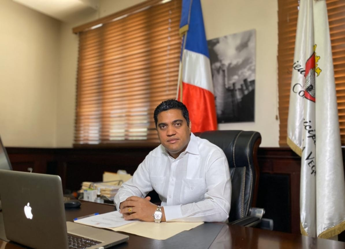 PRM escoge a Kelvin Cruz para presidir FEDOMU