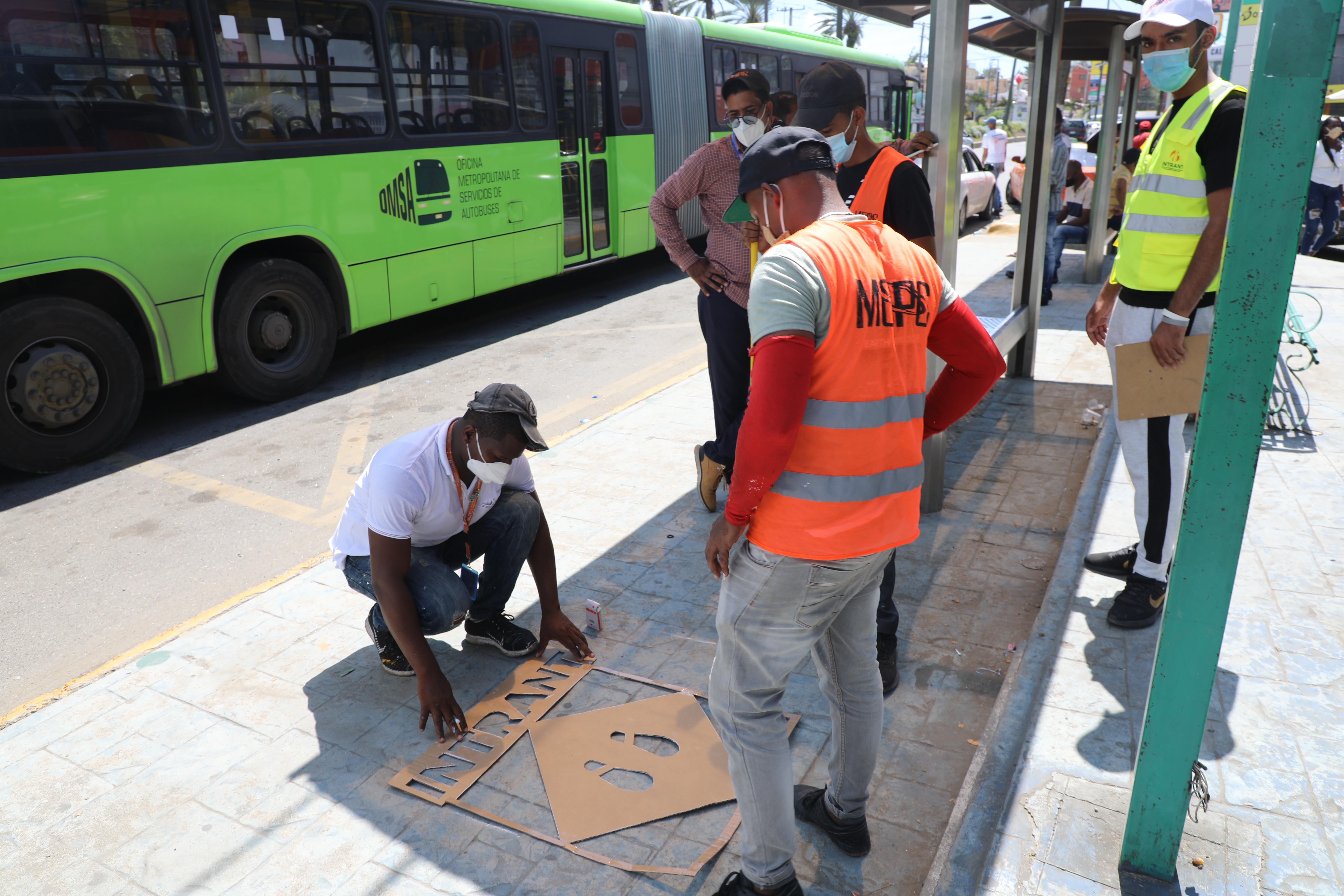INTRANT implementa urbanismo táctico en paradas de la OMSA