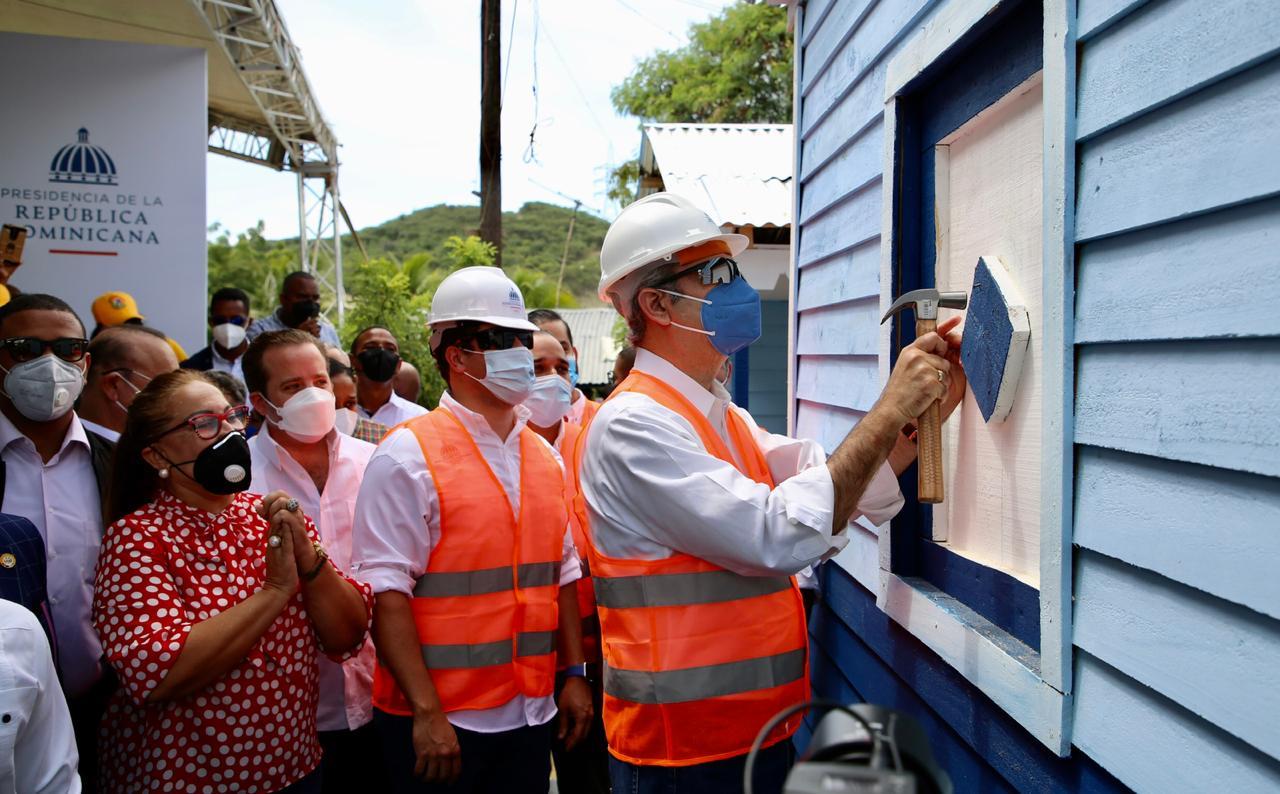 """Presidente Abinader y director de INVI presentan """"Plan Dominicana se Reconstruye"""""""
