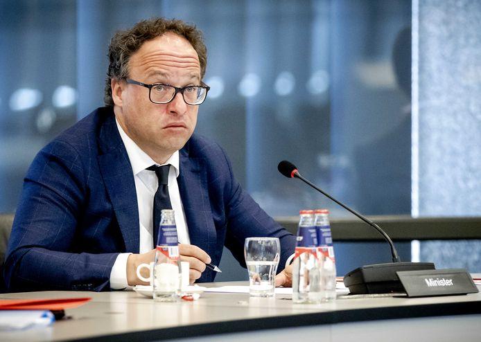 Ministro de Países Bajos favorece envejecientes criollos reciban pensión en RD